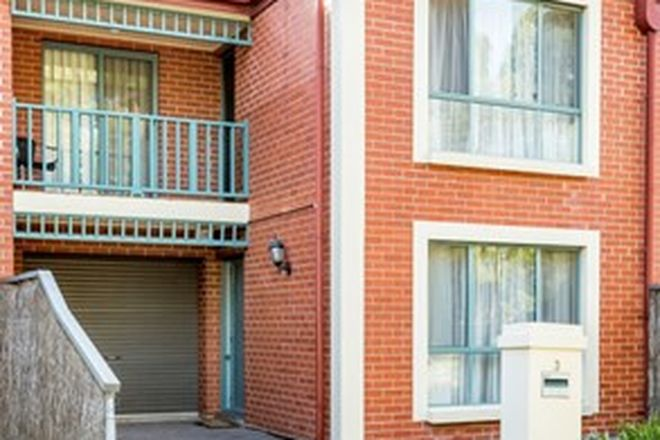Picture of 3 Ascott Place, OAKDEN SA 5086