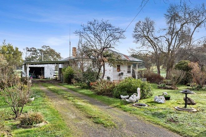 Picture of 13 Adair Street, NEWSTEAD VIC 3462