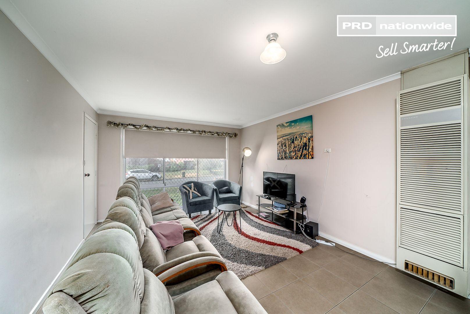 1-3/13 Wewak Street, Ashmont NSW 2650, Image 2