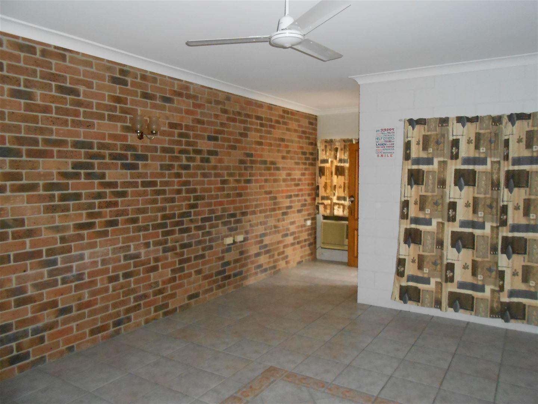 1B/48-50 Spiller Street, Ayr QLD 4807, Image 2