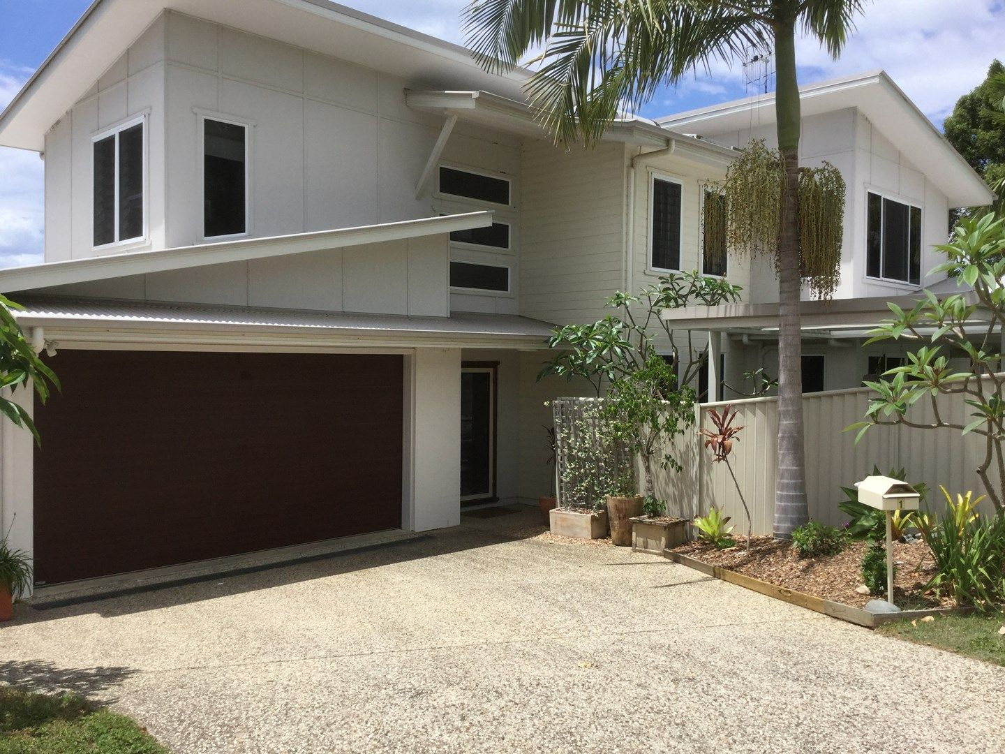 1 Tea Tree Court, Suffolk Park NSW 2481, Image 0