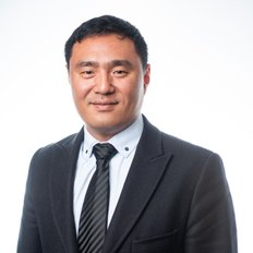 Chong Park, Property manager