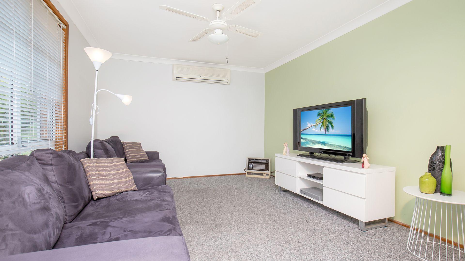 61 Donalbain Circuit, Rosemeadow NSW 2560, Image 1