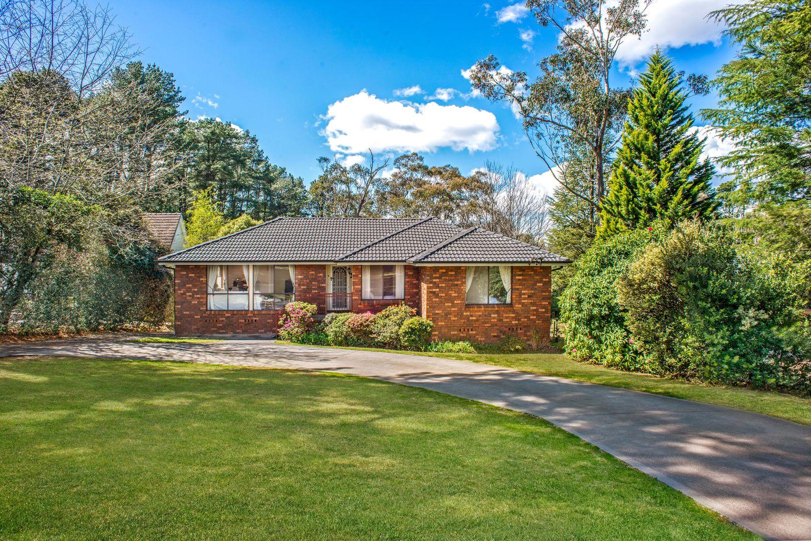 8  Gladstone Rd, Leura NSW 2780, Image 0