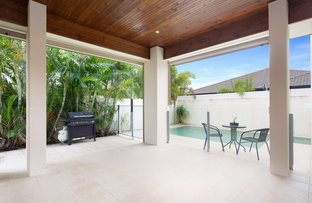 25 Rhodium Crescent, Hope Island QLD 4212