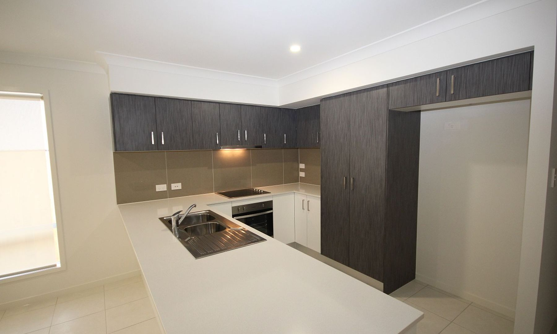 55 Steamer Way, Spring Mountain QLD 4300, Image 1