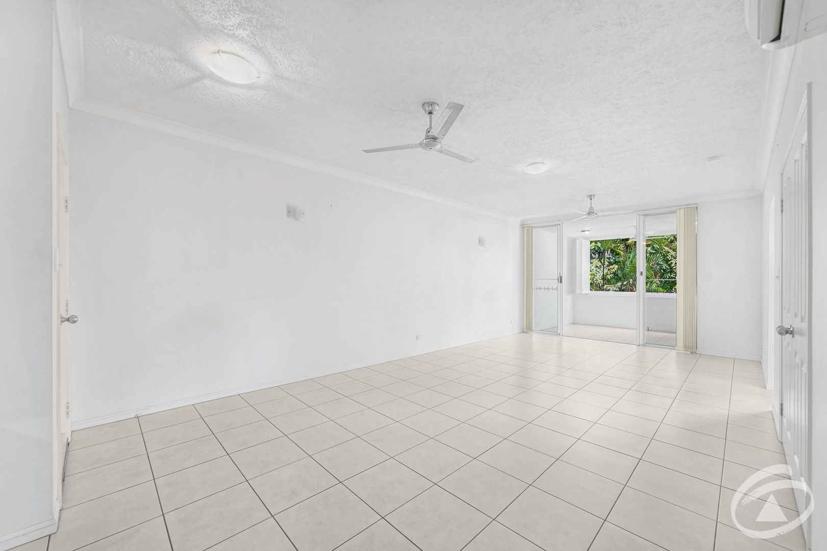 19/164-172 Spence Street, Bungalow QLD 4870, Image 2