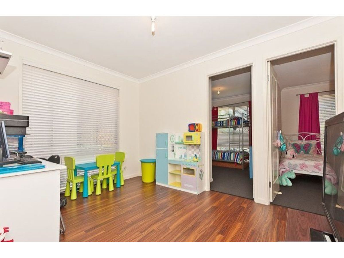24 Duffield Crescent, Caboolture QLD 4510, Image 2