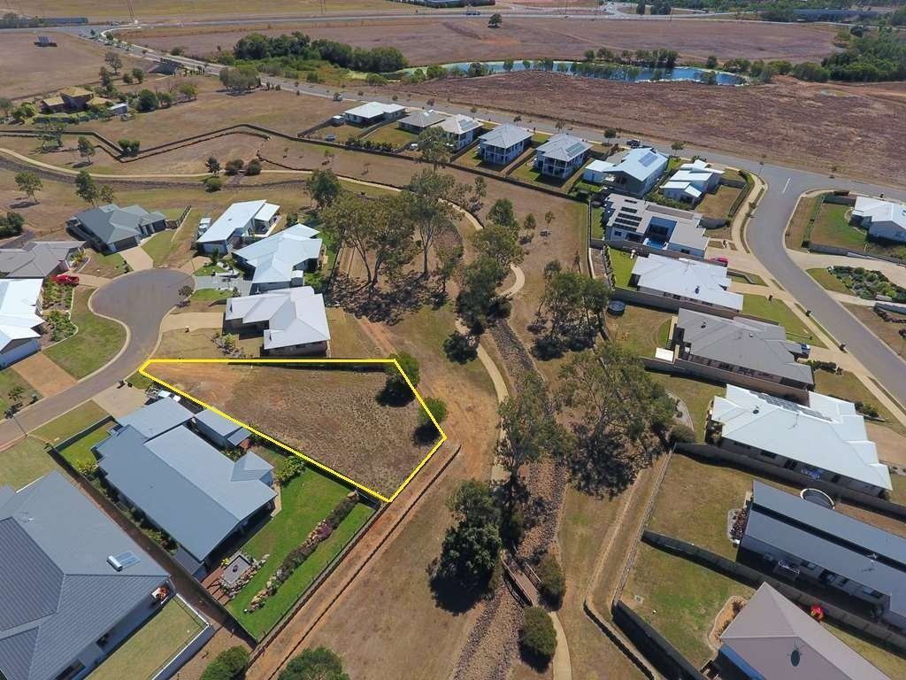 6 Sweetwater Ct, Ashfield QLD 4670, Image 1