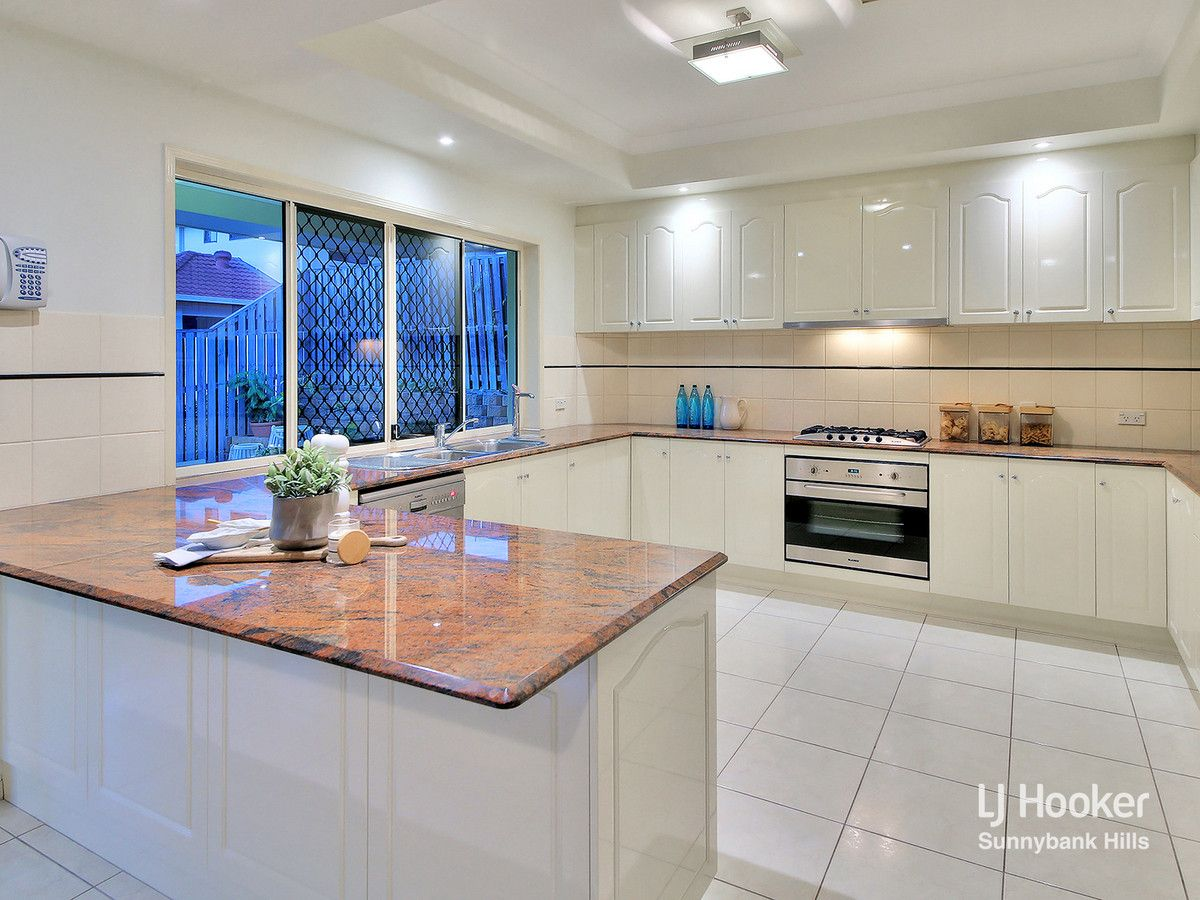 6 Jubilee Close, Eight Mile Plains QLD 4113, Image 2