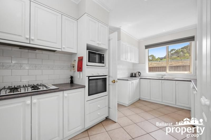 9 Panorama Drive, Black Hill VIC 3350, Image 1