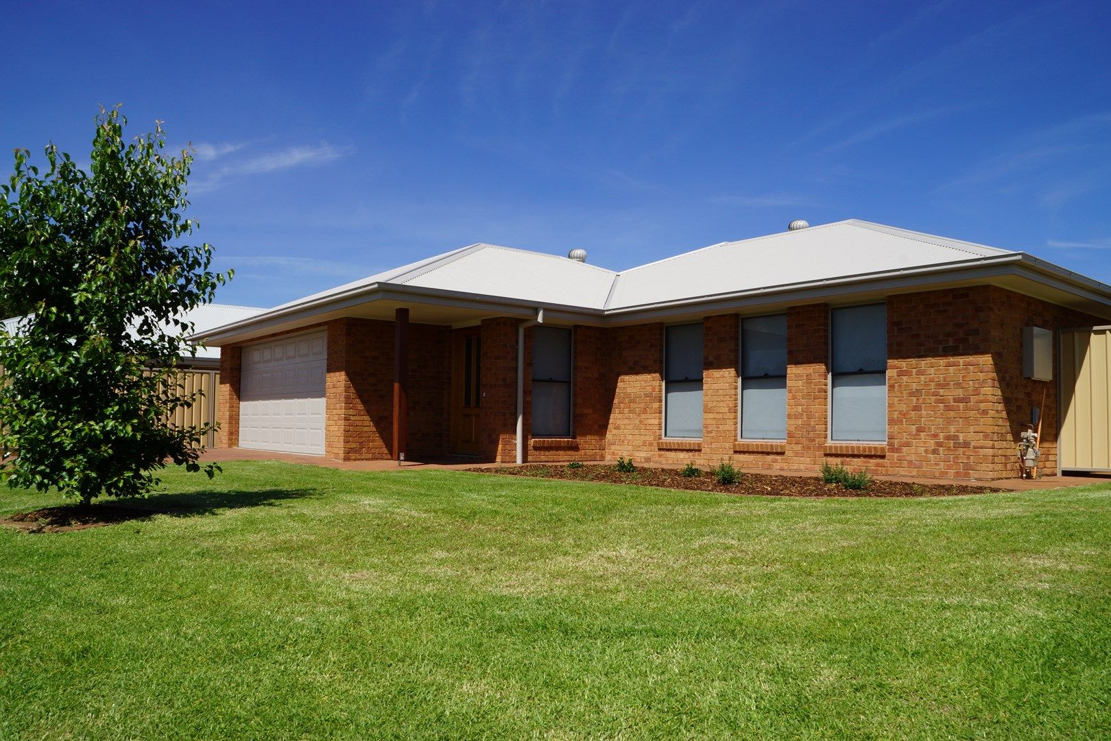 2 Dal Santo Court, Dubbo NSW 2830, Image 0