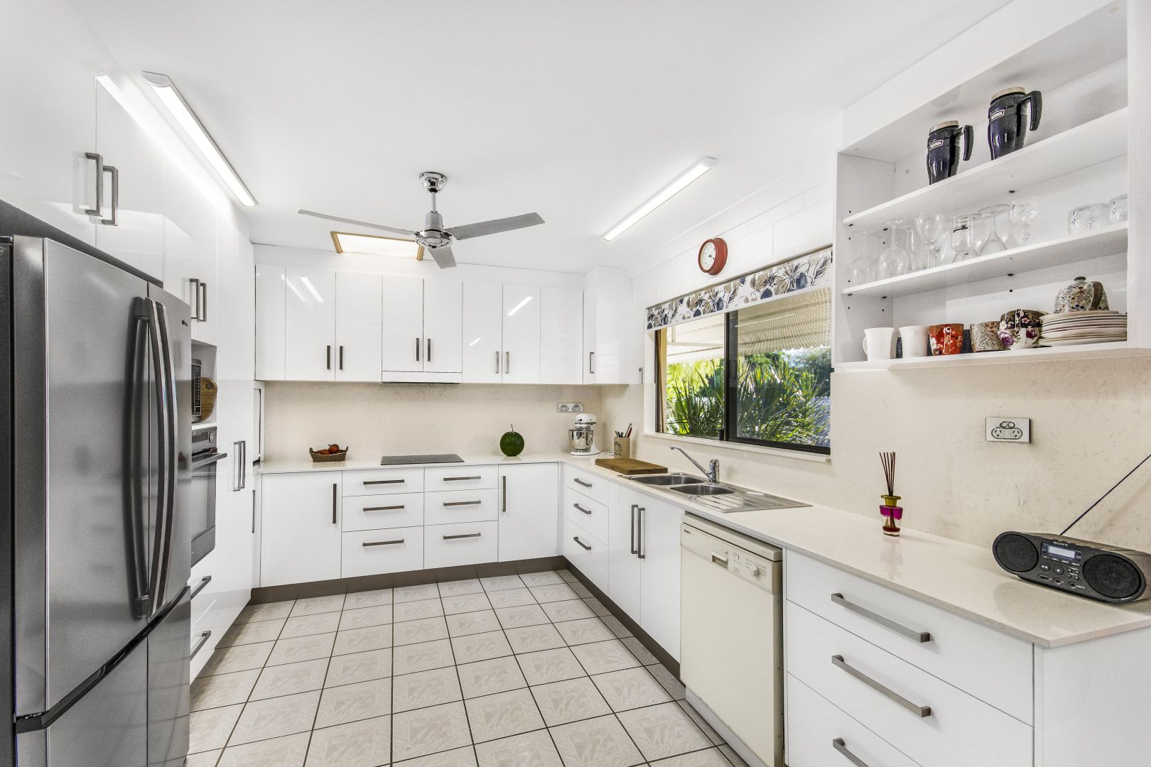 2 Macarthur Drive, Annandale QLD 4814, Image 2