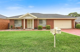 Picture of 22 St Bernards Crescent, Lynbrook VIC 3975