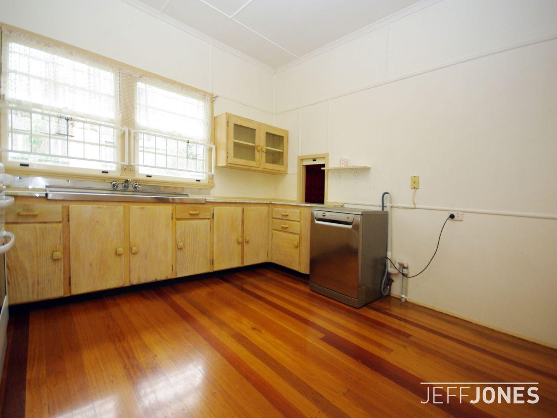 102 Peach Street, Greenslopes QLD 4120, Image 2