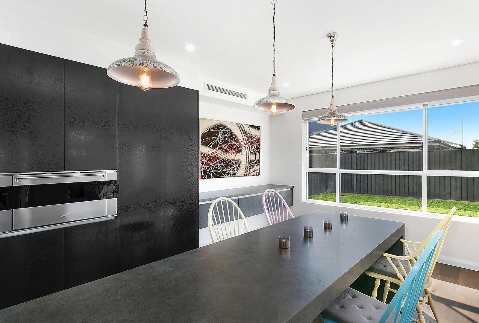 4 Grantham Crescent, Denham Court NSW 2565, Image 2