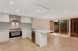 Picture of 2/27 Pine Avenue, Surfers Paradise QLD 4217