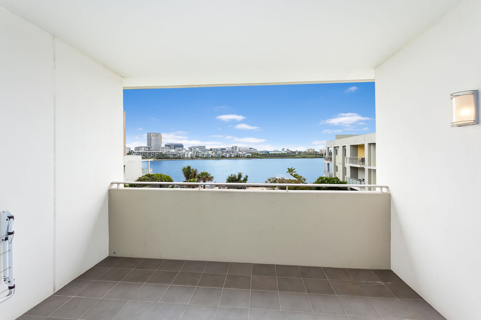 415/16 Marine Parade, Wentworth Point NSW 2127, Image 2