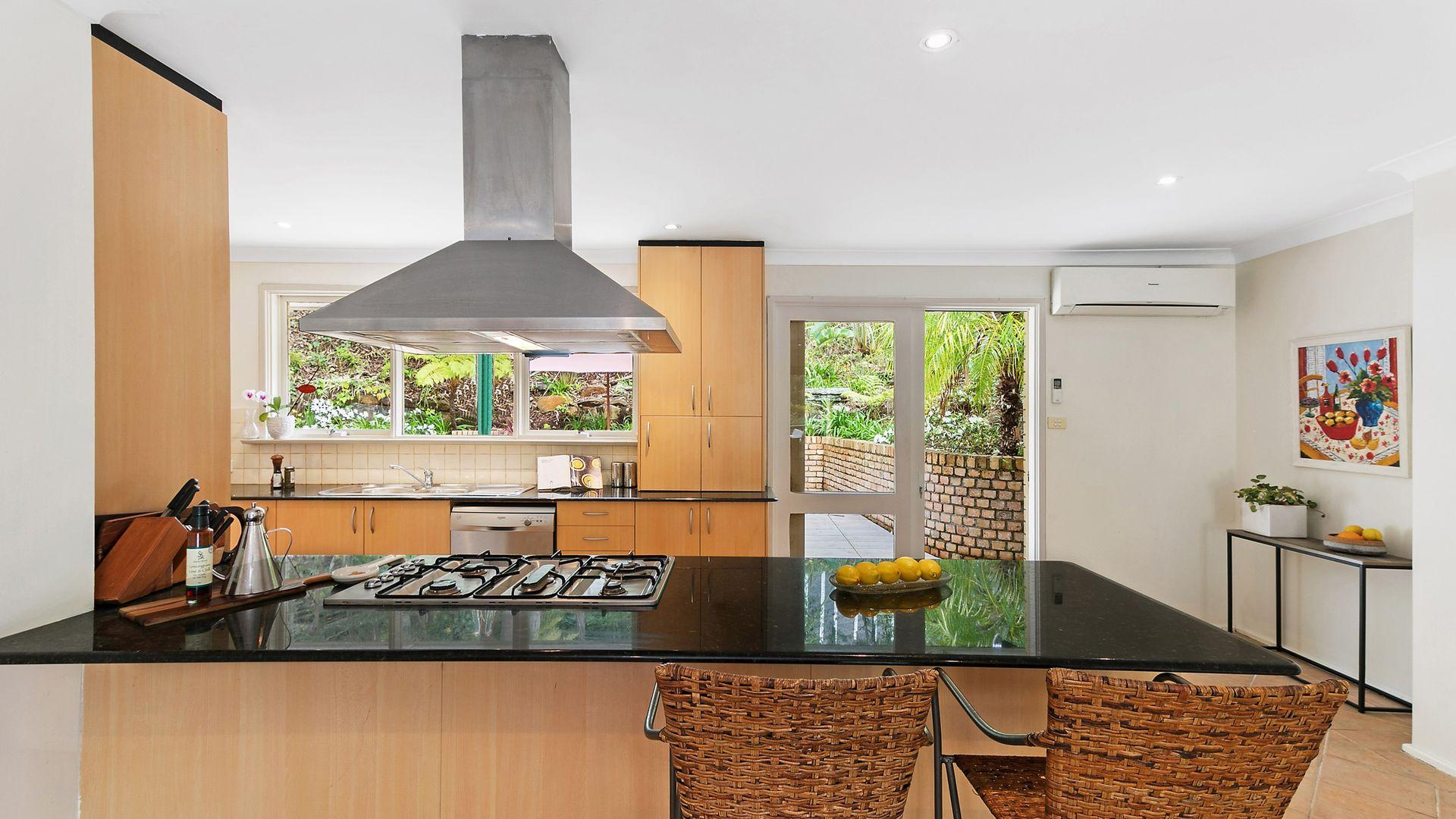 14 Forwood Avenue, Turramurra NSW 2074, Image 2