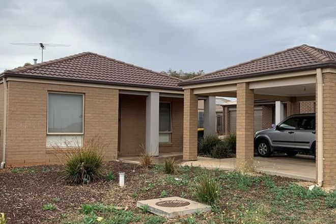 Picture of 1/12 Duval Drive, MADDINGLEY VIC 3340