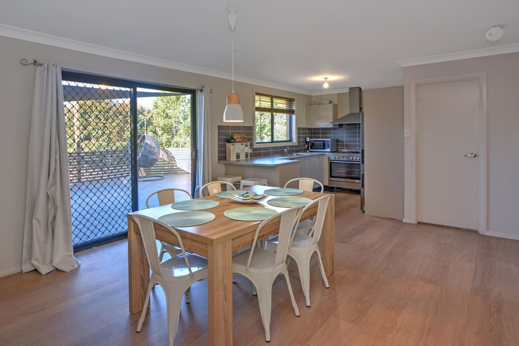 7 Christiana Close, West Nowra NSW 2541, Image 2