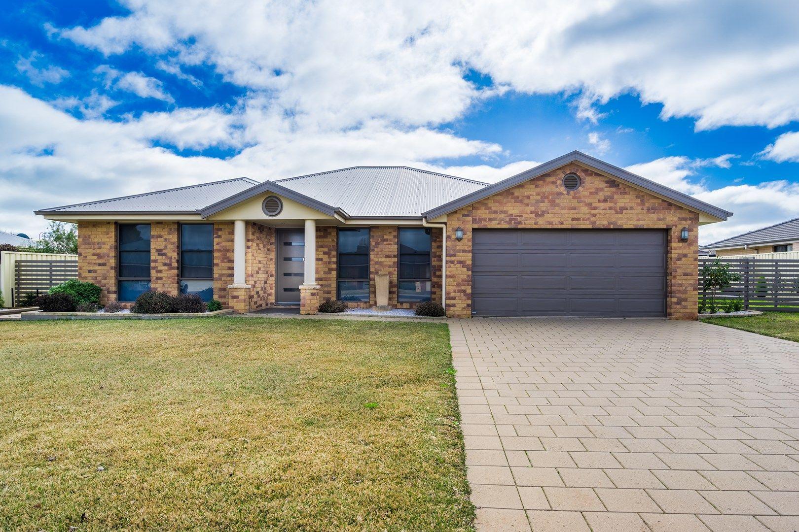 17 Sunvale Avenue, Dubbo NSW 2830, Image 0