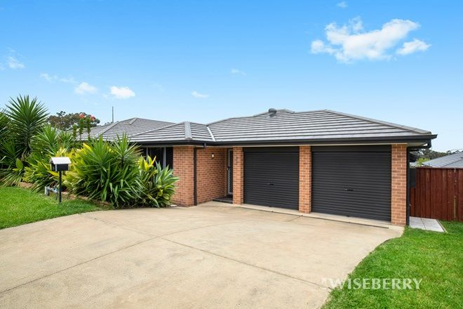 Picture of 35 Menindee Avenue, BLUE HAVEN NSW 2262