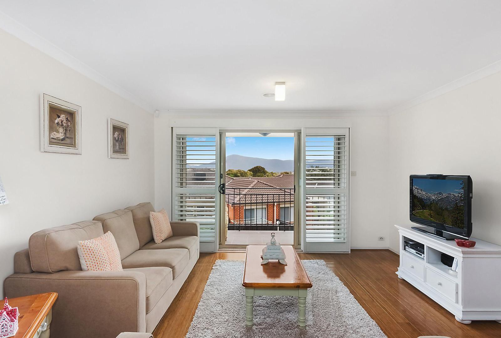 9/1 Templestowe Avenue, Conder ACT 2906, Image 2