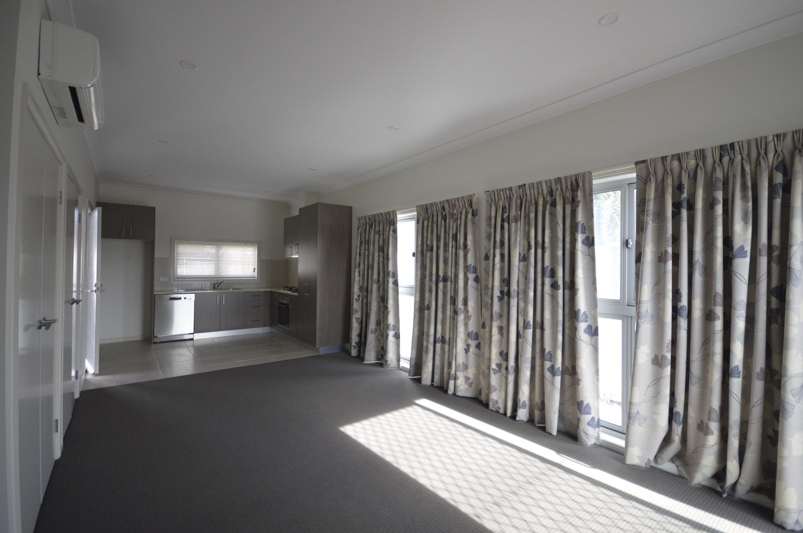 2 Bdrm Unit/83 Marshalls Road, Traralgon VIC 3844, Image 1