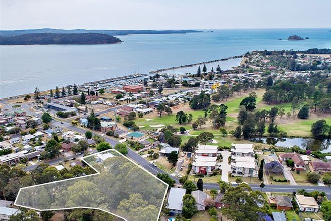 Picture of 20 Heradale Parade, BATEMANS BAY NSW 2536
