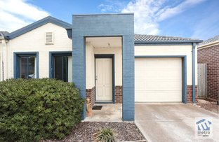 Picture of 6/15-17 Crestmont Drive, Melton South VIC 3338