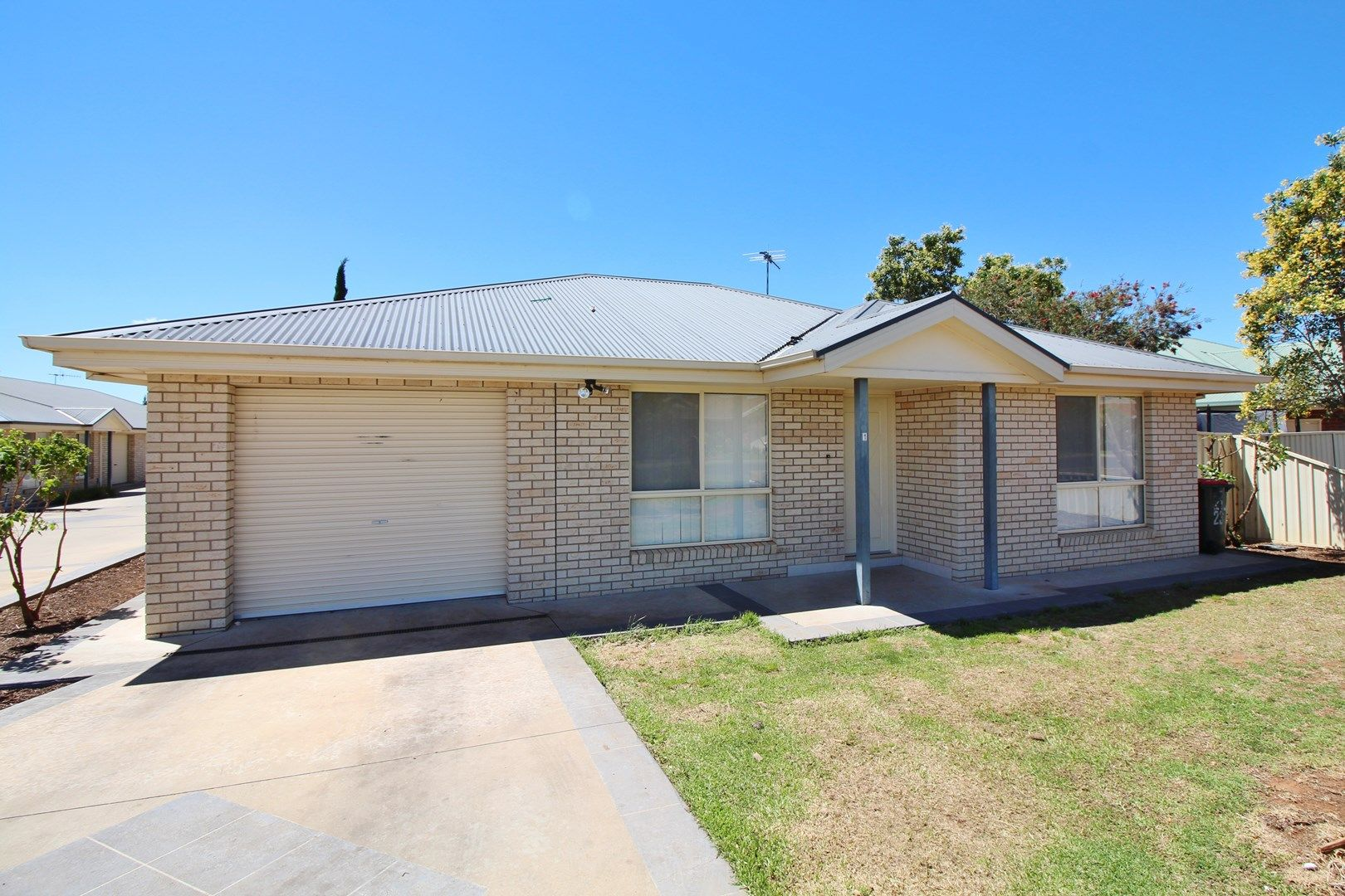 1/21-23 Watson Road, Griffith NSW 2680, Image 0