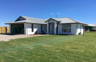 Picture of 5 Beachside Circuit, Bargara QLD 4670