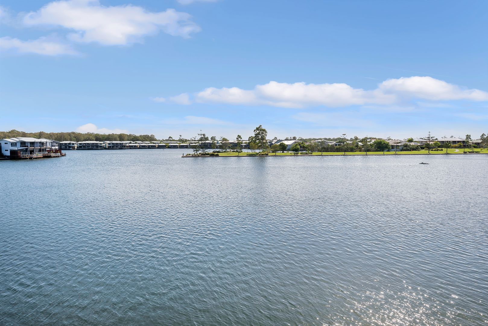 28/181 Lae Drive, Coombabah QLD 4216, Image 2