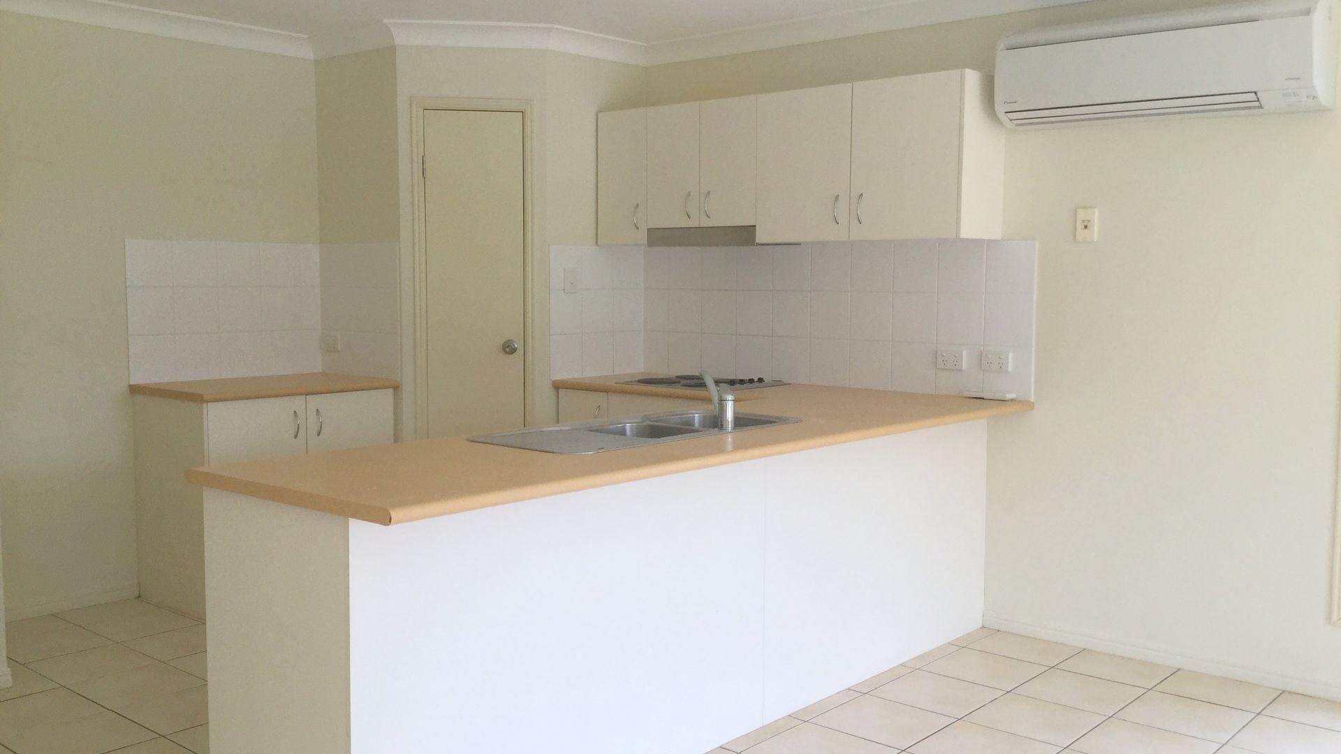 26 Emma Place, Springfield Lakes QLD 4300, Image 1