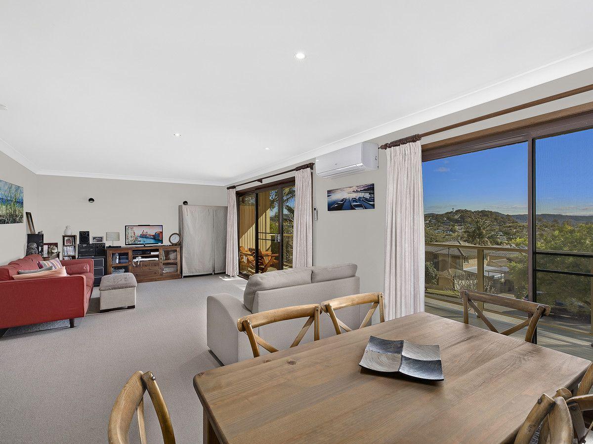 17 Toongara Avenue, Bateau Bay NSW 2261, Image 2