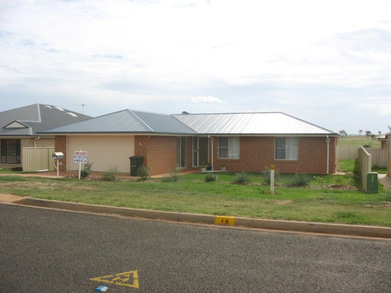 76 Windsor Circle, Kingaroy QLD 4610, Image 0