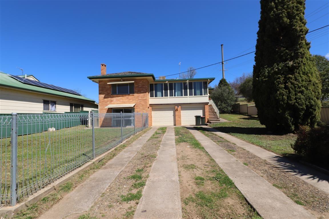 105 Russell Street, Tumut NSW 2720