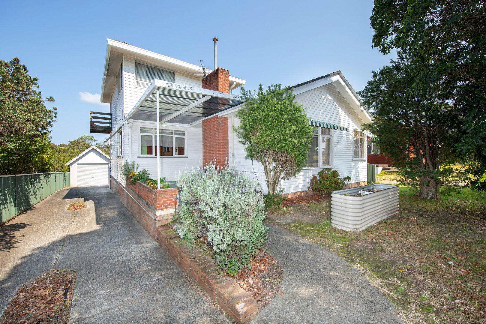 4 Whitegates Avenue, Peakhurst Heights NSW 2210, Image 0