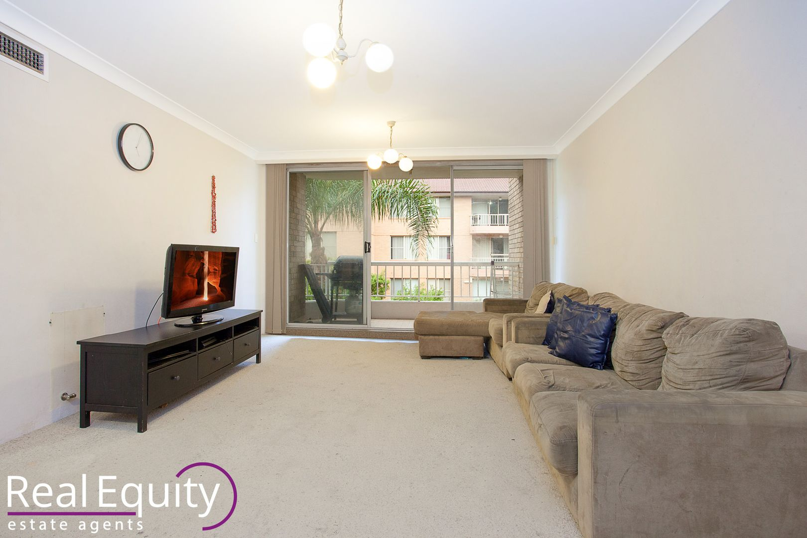 18/7 Mead Drive, Chipping Norton NSW 2170, Image 2