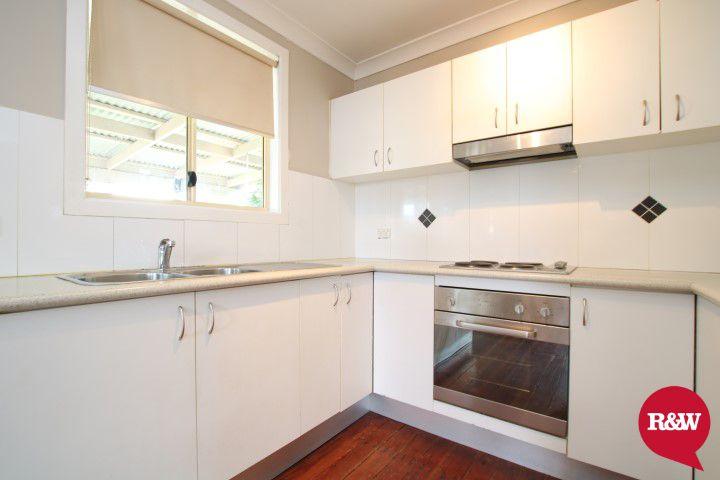 5 Tarawa Road, Lethbridge Park NSW 2770, Image 2