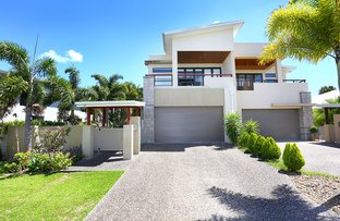 Picture of 2/6009 The Boulevarde, Benowa QLD 4217