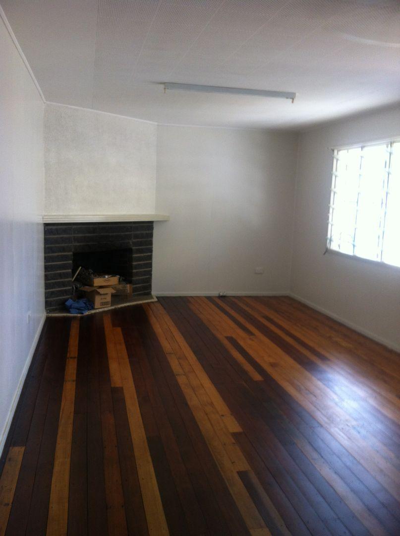 Unit 1 & 2/24 Wattle Avenue, Warwick QLD 4370, Image 2