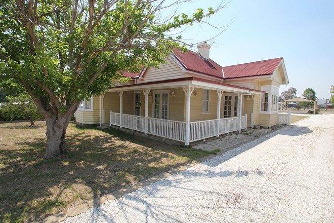 Picture of 88 High Street, TENTERFIELD NSW 2372