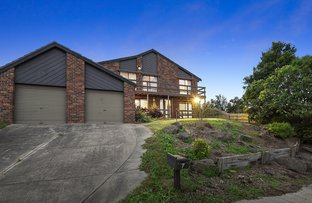 Picture of 7 Headingly Court, Endeavour Hills VIC 3802