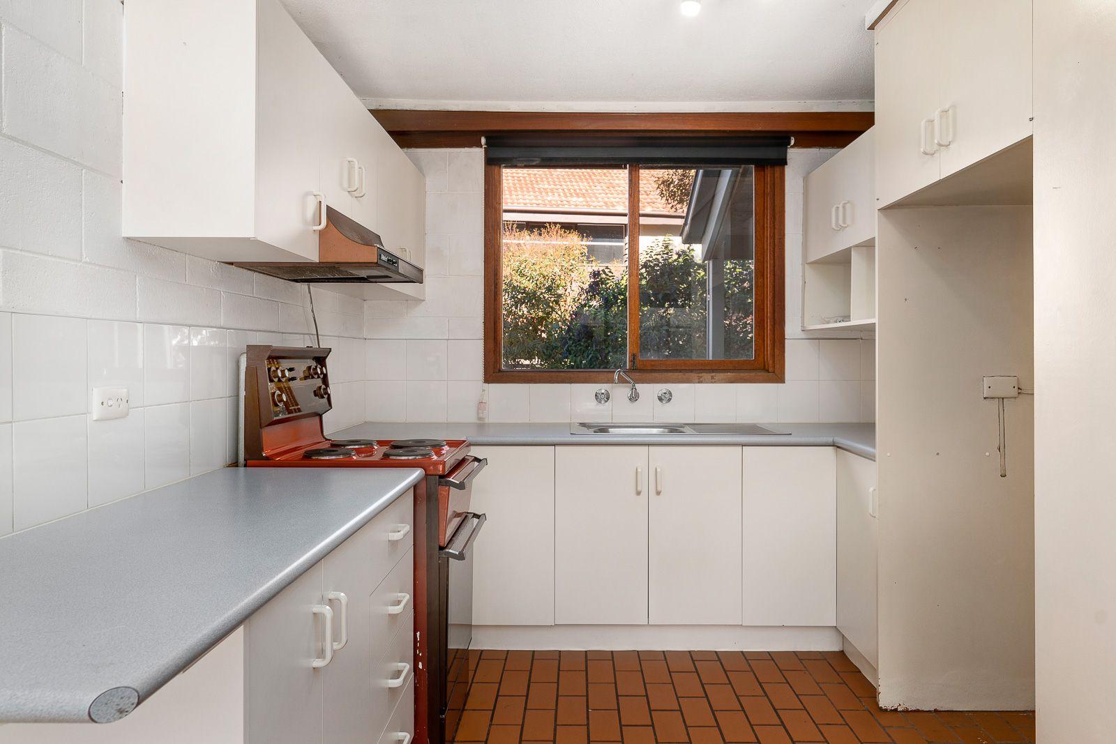 3/521 Margaret Place, Lavington NSW 2641, Image 2