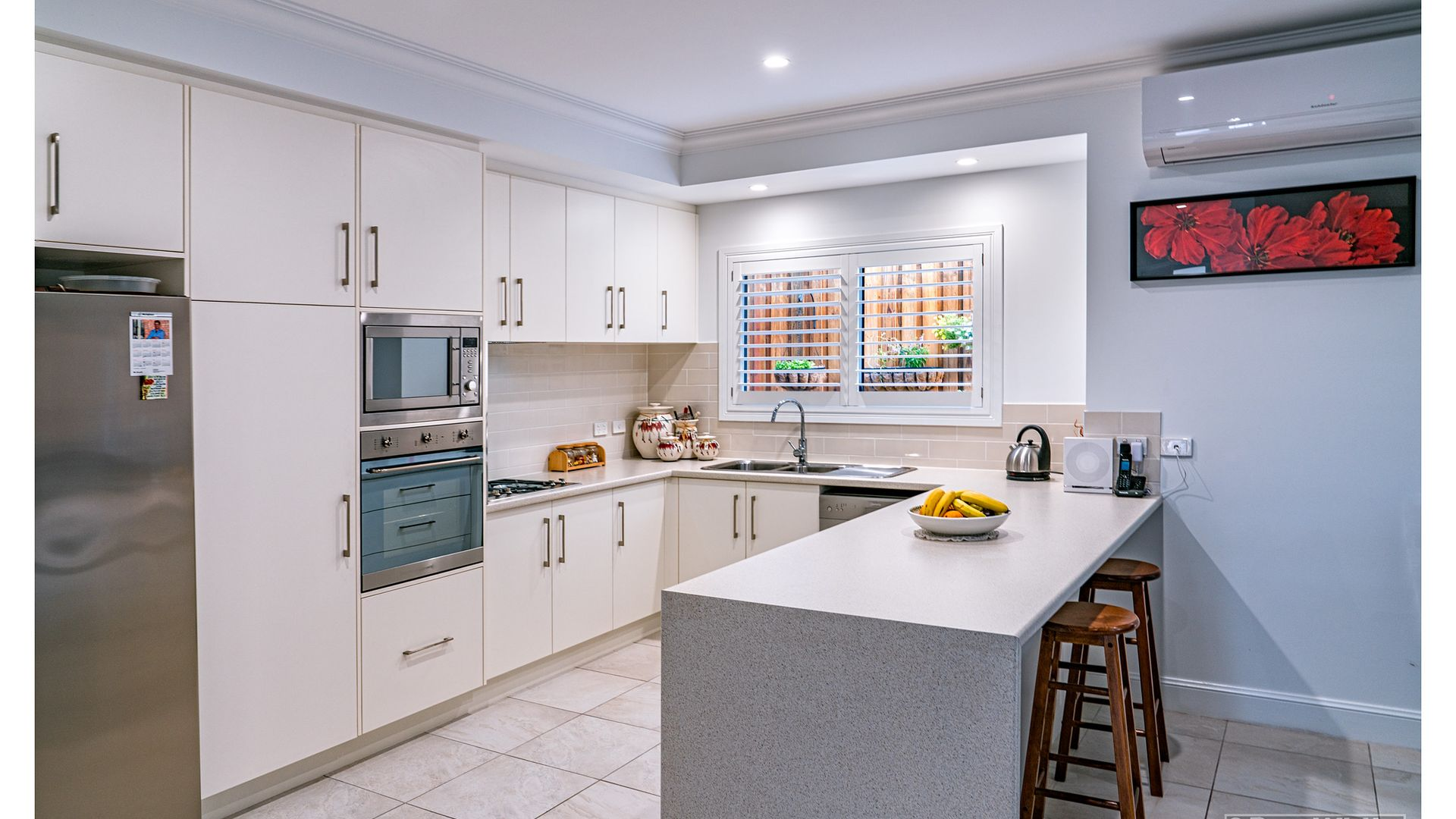 2/200 Upper Dawson Road, The Range QLD 4700, Image 2