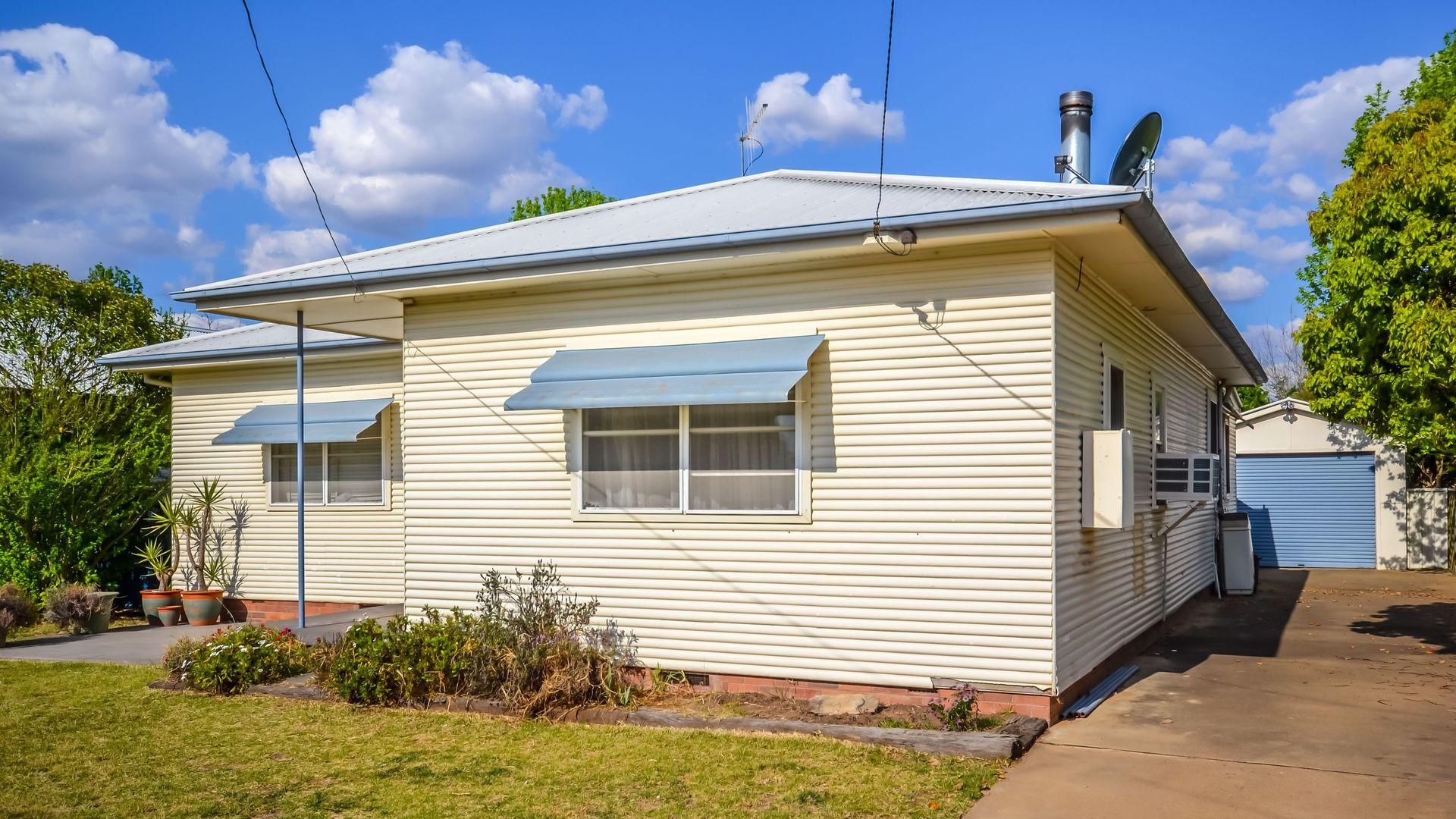 33 Burrundulla Avenue, Mudgee NSW 2850, Image 2