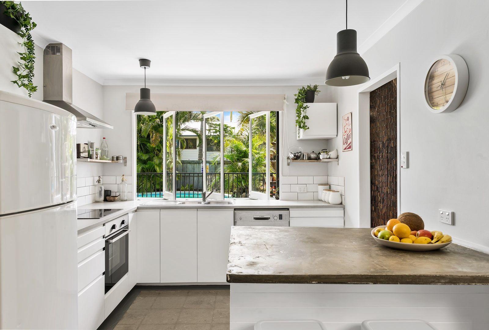 5 Gwenda Avenue, Mount Coolum QLD 4573, Image 1