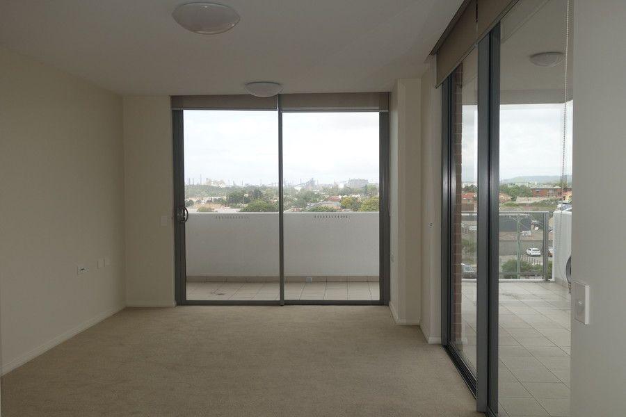 402/25 Atchison Street, Wollongong NSW 2500, Image 2